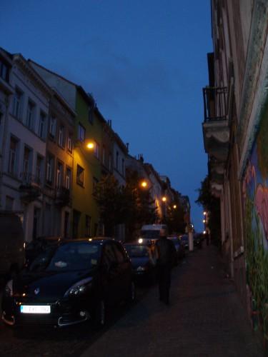 dans une rue de Brussels.JPG