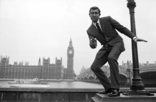 george-lazenby-james-bond-everything-or-nothing.png
